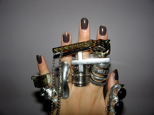 hand-jewelry-nails-ring-rings-Favim.com-68455